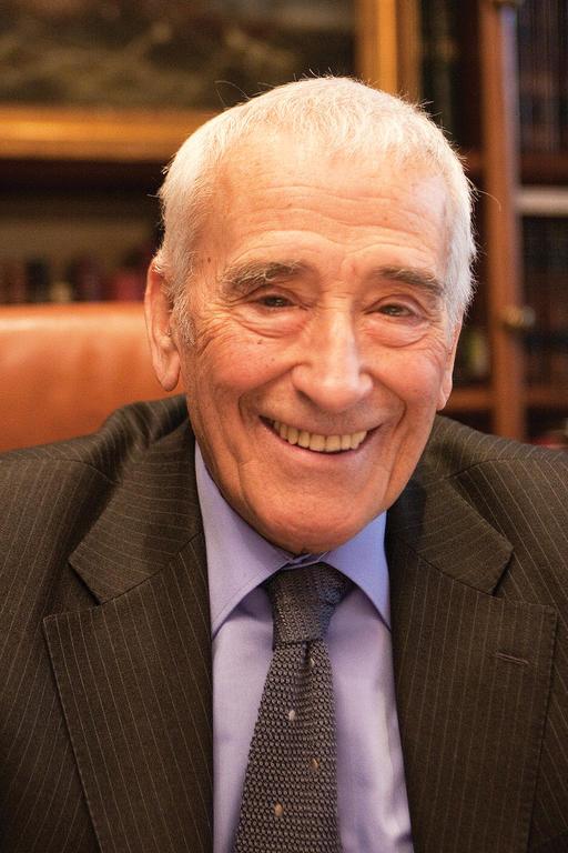 Carlos Bru