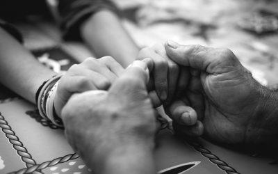 Sostener positivamente las relaciones humanas